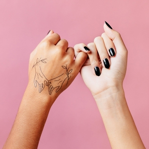 Pinky Promise Temporary Tattoo from Tattly