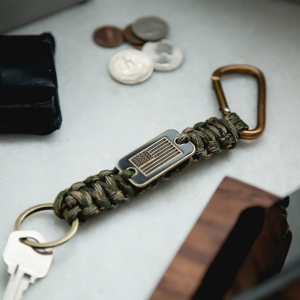 Paracord Flag Key Chain from iheartdogs