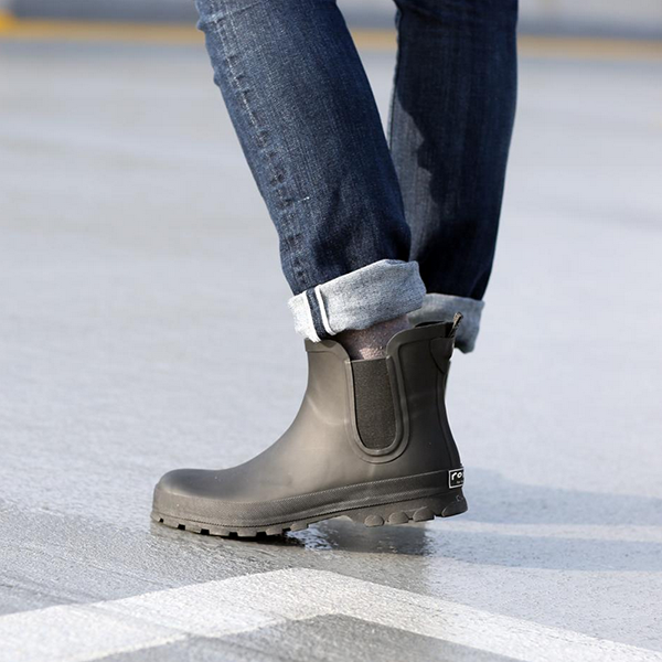 Chelsea Matte Rain Boots From Roma On Generous Goods