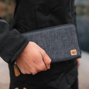 Hemp Zip Wallet from tentree